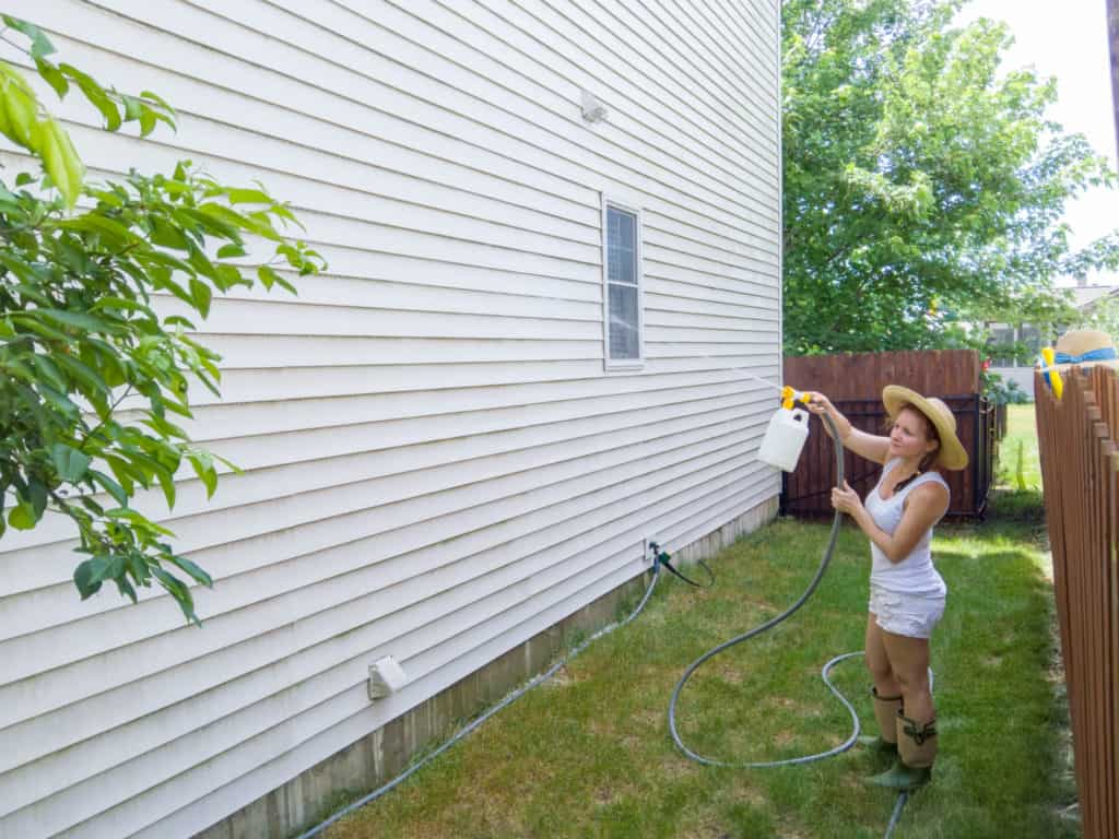 Cleaning Your Vinyl Siding Thompson Creek