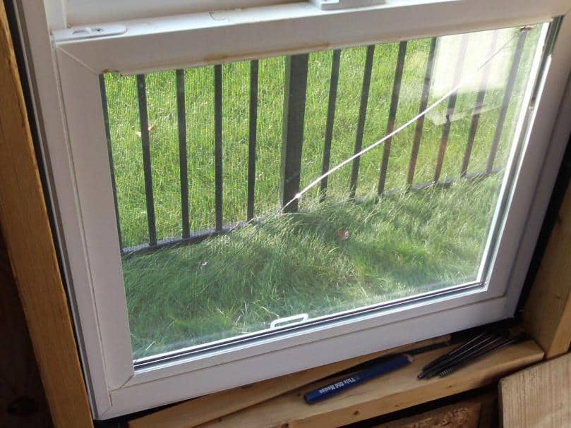 Your How-To List For Emergency Window Repair - Thompson Creek