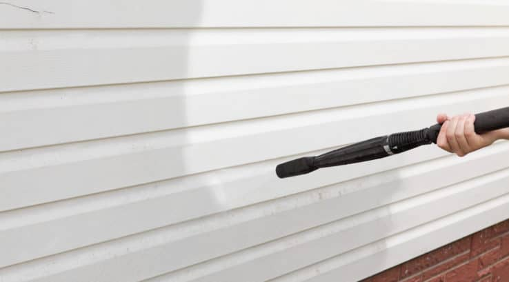 What is the Best Way to Clean Vinyl Siding?